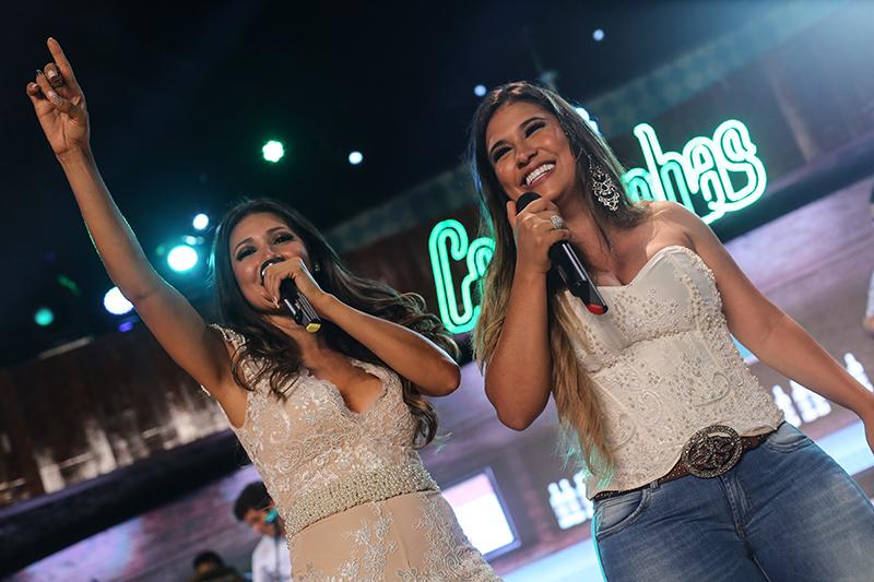 Gravação do DVD 'Bar das Coleguinas' de Simone e Simaria em Fortaleza