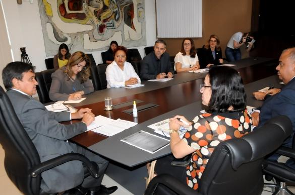 Reunião com Seduc, Sefaz, Uespi e Ufpi (Foto:Francisco Leal)