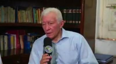Aos 93 anos, Celso Barros fala do lançamento de novo livro